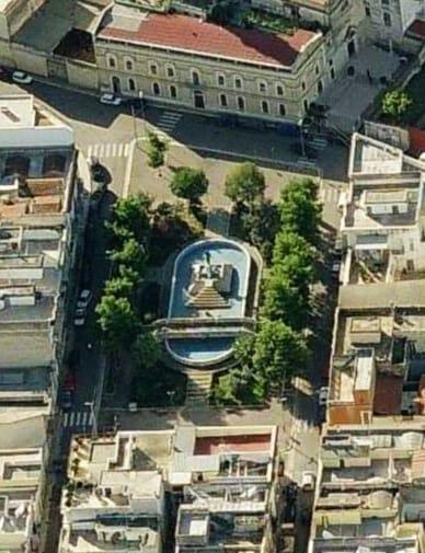 Piazza Santa Maria Vetere 1990